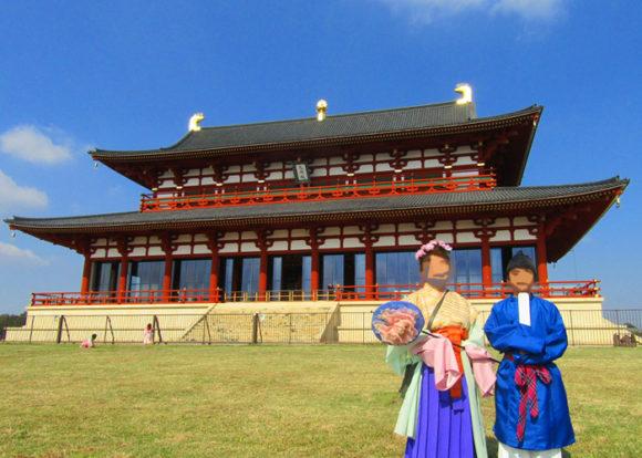 平城宮跡・第一大極殿前で天平衣装